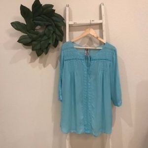 [Johnny Was] Light Blue Embroidered Tunic Size XL